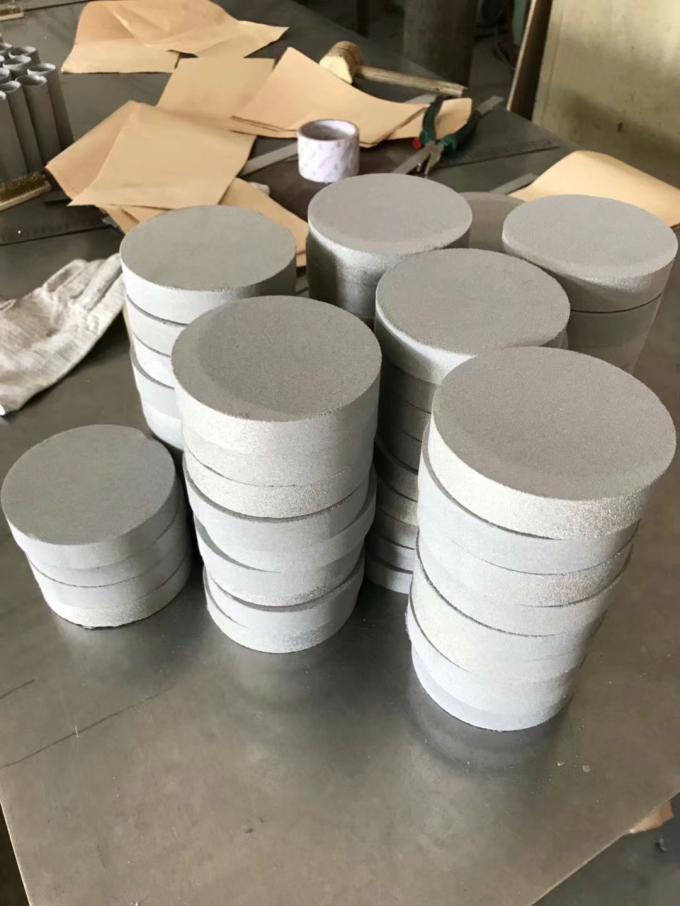 GR2 Cylindrical Titanium Sintered Metal Powder Filter For Filtration Gases And Liquids